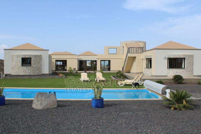 Thumbnail Villa for sale in Villaverde, Villaverde, Canary Islands, Spain