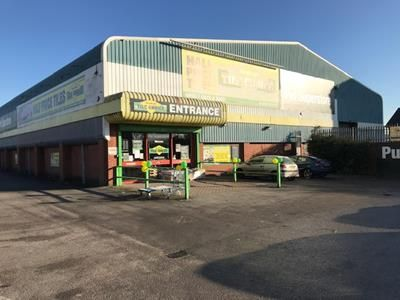 Thumbnail Retail premises to let in Derby Road, Burton Upon Trent, Staffordshire