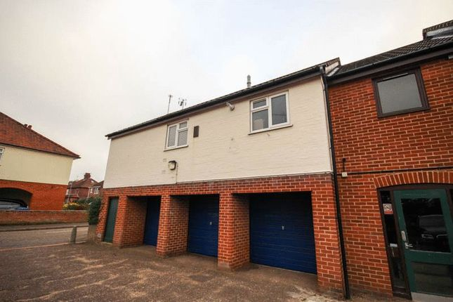 2 bed flat to rent in Hotblack Road, Norwich NR2