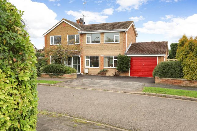 Thumbnail Detached house for sale in Edgecombe Road, Aylesbury