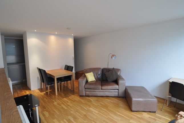 Thumbnail Flat to rent in Lilycroft Road, Bradford
