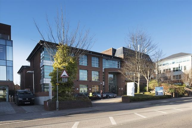 Serviced office to let in Castle Court, Reigate