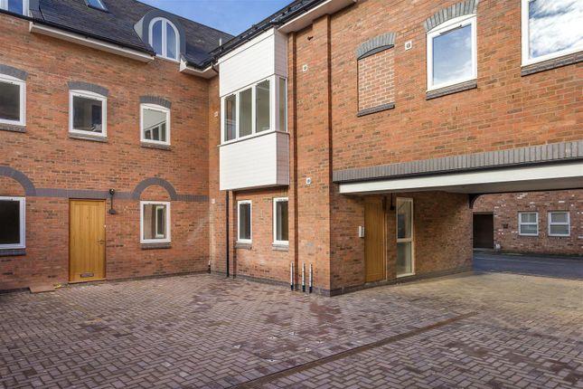 Morton street leamington spa cv32 1 bedroom flat for for Modern homes leamington