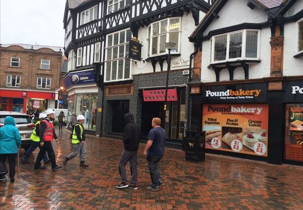 Retail premises to let in 2, Queen Street, Wrexham