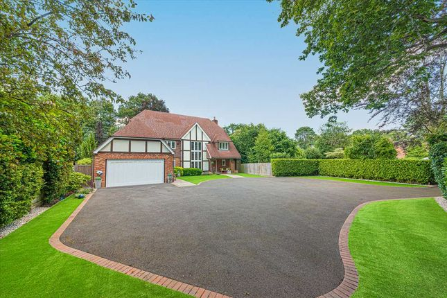 Thumbnail Detached house for sale in Ravenswood Avenue, Crowthorne