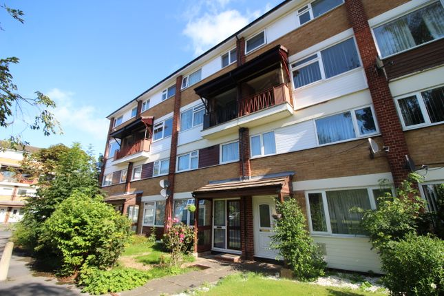 Thumbnail Maisonette to rent in Lambscote Close, Shirley, Solihull