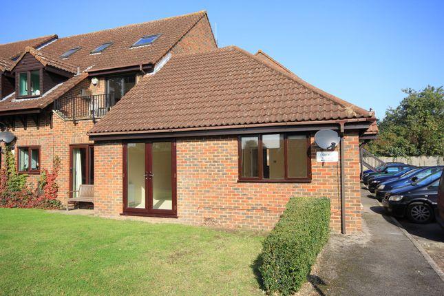 Thumbnail Flat to rent in Milton Gardens, Princes Risborough