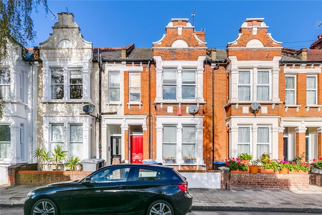 Thumbnail Flat for sale in Charteris Road, London