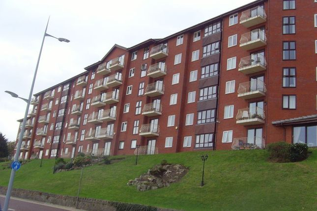 Thumbnail Flat to rent in Marine Road, Colwyn Bay