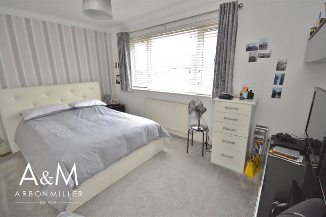 Bedroom Two of All Saints Close, Chigwell IG7