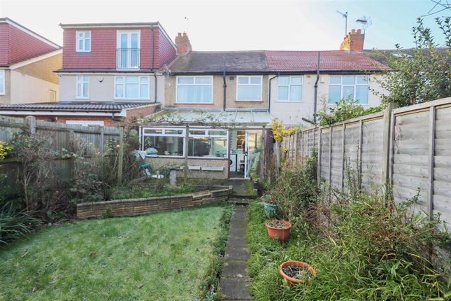 Garden View of Grosvenor Crescent, Hillingdon UB10