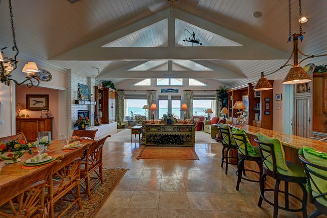 6 bed property for sale in Treasure Cay, Abaco, The Bahamas