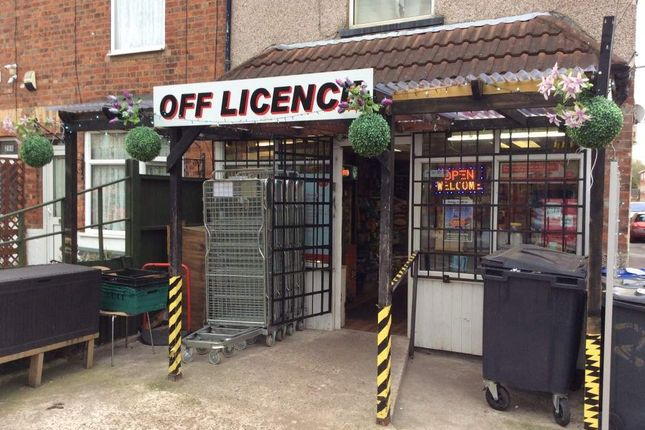 Thumbnail Retail premises for sale in Ropery Road, Gainsborough