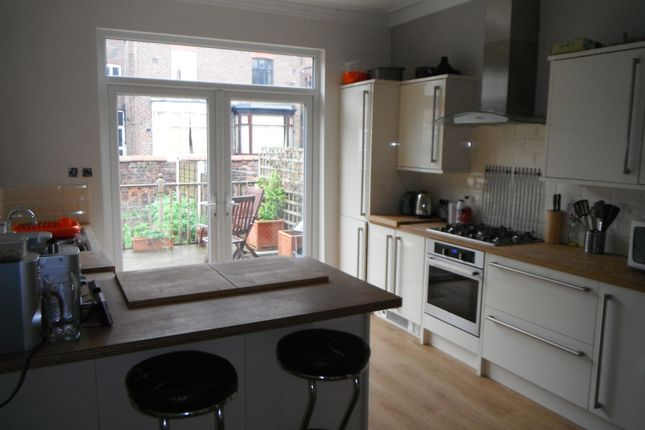 Thumbnail Room to rent in Keppel Road, Chorlton-Cum-Hardy, Manchester, Greater Manchester