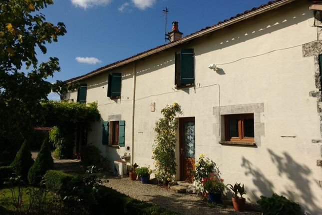 Thumbnail Property for sale in Vouleme, Poitou-Charentes, 86400, France