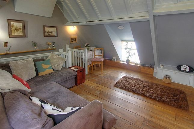 Thumbnail Cottage for sale in New Road, Robin Hoods Bay, Whitby