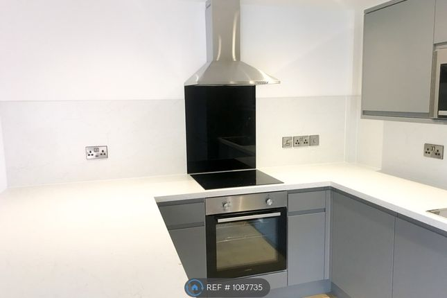 1 bed flat to rent in Burton Road, Manchester M20