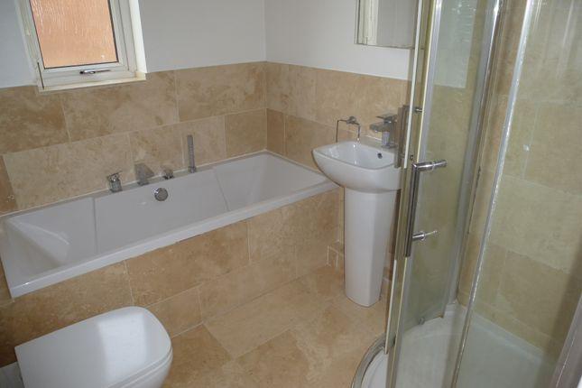 Bathroom of Troon Close, Billingham TS22