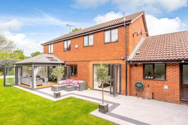 Thumbnail Detached house for sale in Windmill Field, Windlesham, Surrey