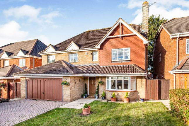 Thumbnail Detached house for sale in Willow Wood Close, Burnham