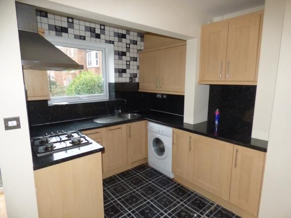 Room For Rent Southport Queens Street