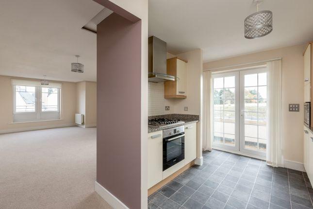 Thumbnail Flat to rent in Brighouse Park Crescent, Cramond, Edinburgh