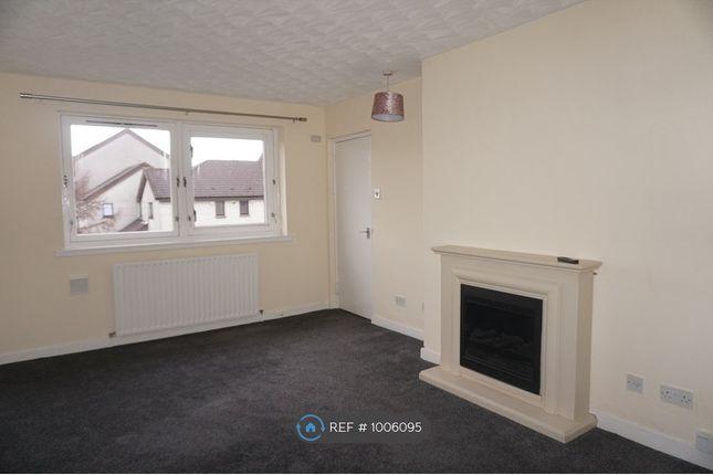 2 bed flat to rent in Lochdochart Road, Glasgow G34