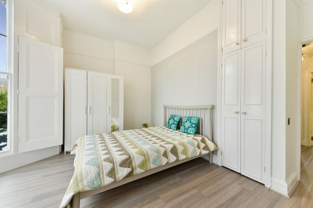 Thumbnail Flat to rent in St. Augustines Road, London