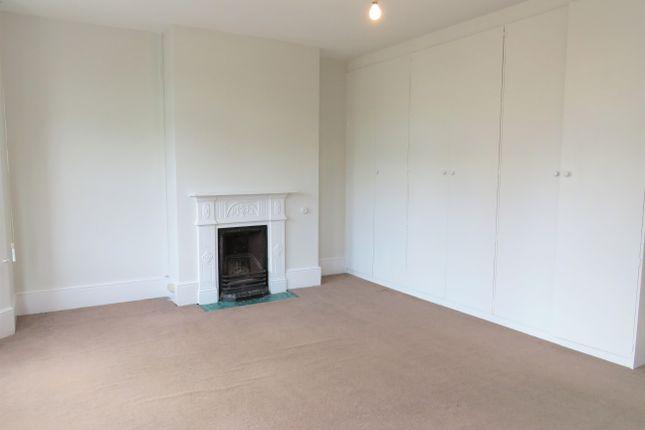 Bedroom 1 of Stanley Avenue, Chesham HP5