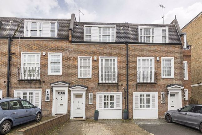 Property to rent in Marston Close, London