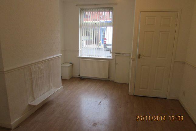 Thumbnail Terraced house to rent in Ashton Road, Denton
