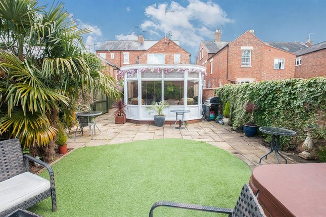 Thumbnail Property for sale in Shipston Road, Stratford-Upon-Avon
