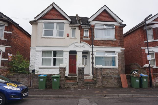 Thumbnail Terraced house to rent in Harborough Road, Shirley, Southampton