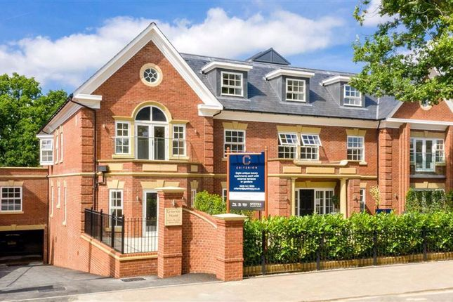 Thumbnail Flat for sale in Criterion, Hadley Wood, Hertfordshire