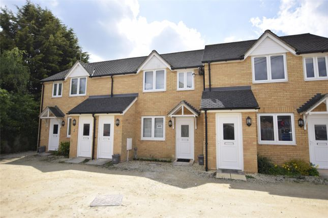 Thumbnail Flat to rent in James Walker Mews, Witney, Oxfordshire