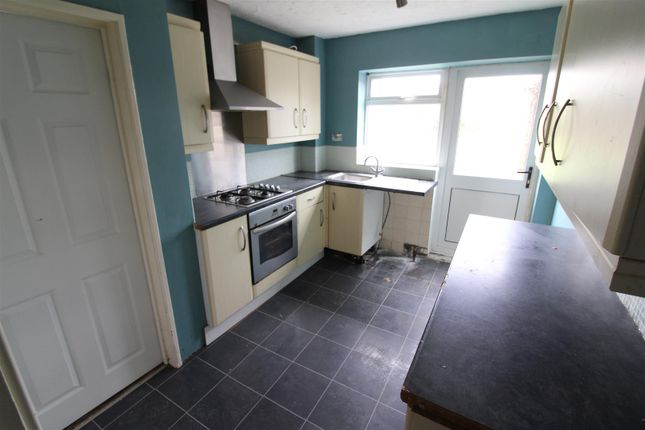 Kitchen of Stocksbridge Avenue, Hull HU9