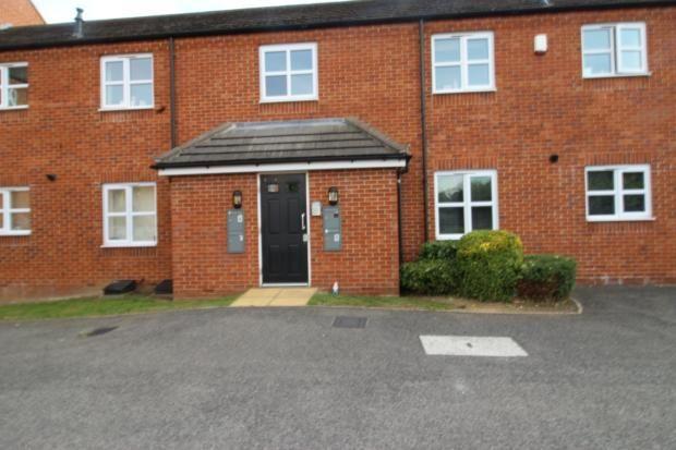 2 bed flat to rent in Peter Crisp Way, Rushden NN10
