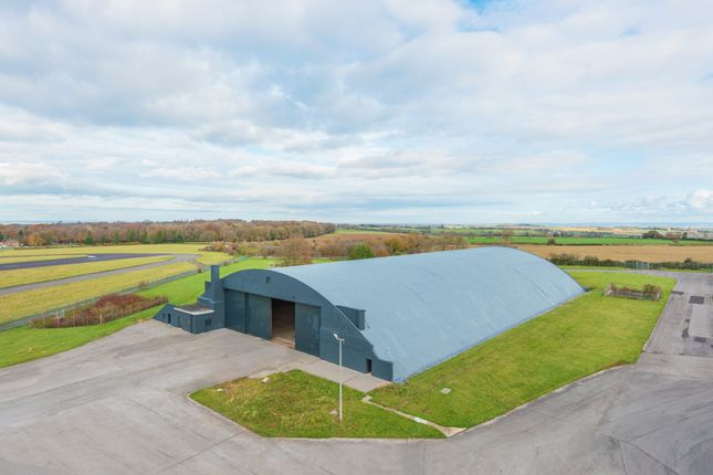 Thumbnail Warehouse to let in Cotswold Business Park, Kemble