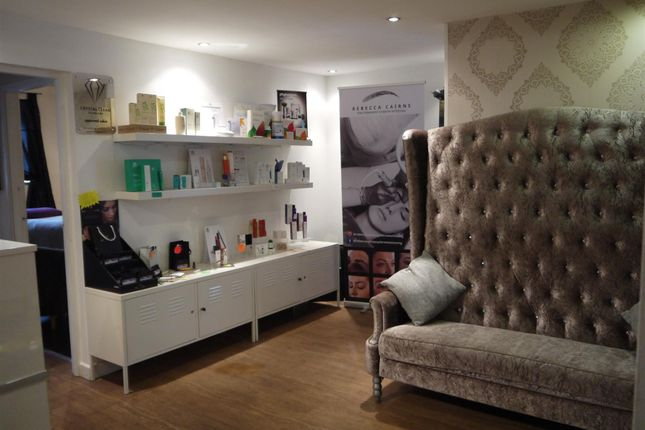 Retail premises for sale in Beauty, Therapy & Tanning LS26, Rothwell, West Yorkshire