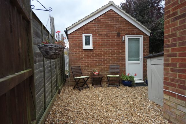 Thumbnail Studio to rent in Whitehicks, Letchworth Garden City