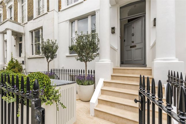Thumbnail Flat for sale in Cathcart Road, Chelsea, London