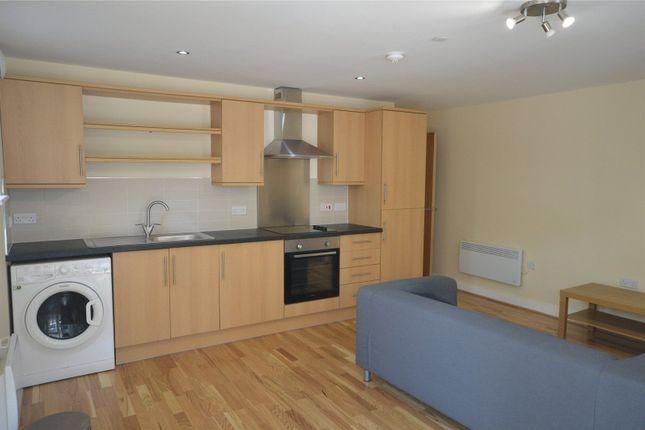Flat to rent in Churchill Villas, Churchill Way, City Centre, Cardiff
