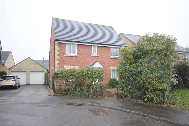 Thumbnail Detached house to rent in Grebe Road, Bicester