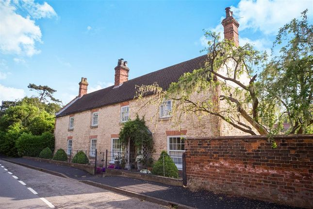 Thumbnail Cottage for sale in Ermine Street, Appleby, Scunthorpe