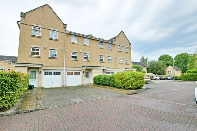Thumbnail Town house to rent in Sparkes Close, Bromley