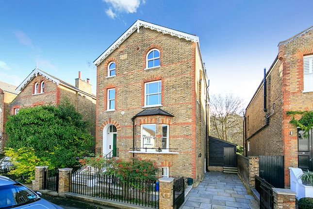 Thumbnail Detached house to rent in Grosvenor Road, Richmond