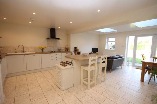 Kitchen of Freeborn Close, Kidlington OX5