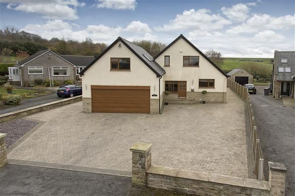 Thumbnail Detached house for sale in Heights Drive, Linthwaite, Huddersfield