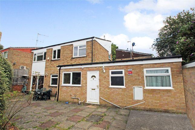 Detached house for sale in Severnmead, Hemel Hempstead, Hertfordshire