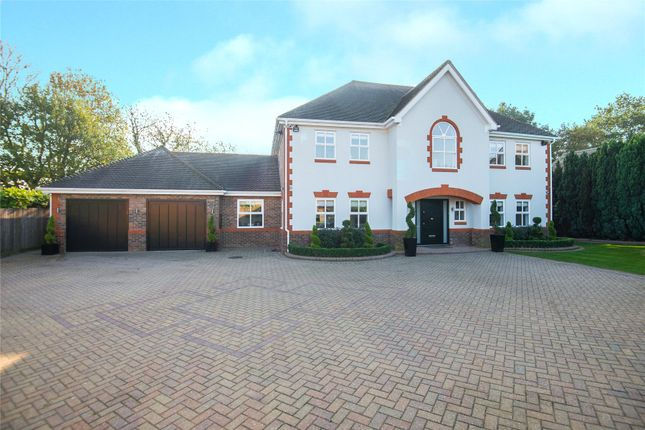 Thumbnail Detached house for sale in Bluebell Drive, Cheshunt, Waltham Cross, Hertfordshire